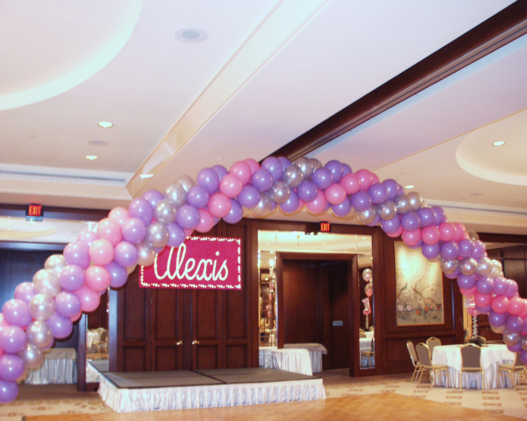 Quinceanera decorators in houston tx my houston quinceanera for Balloon decoration ideas for quinceaneras