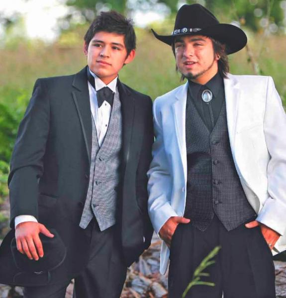 Tuxedo Rentals in Houston TX | Tuxedos for Quinceaneras in Houston ...