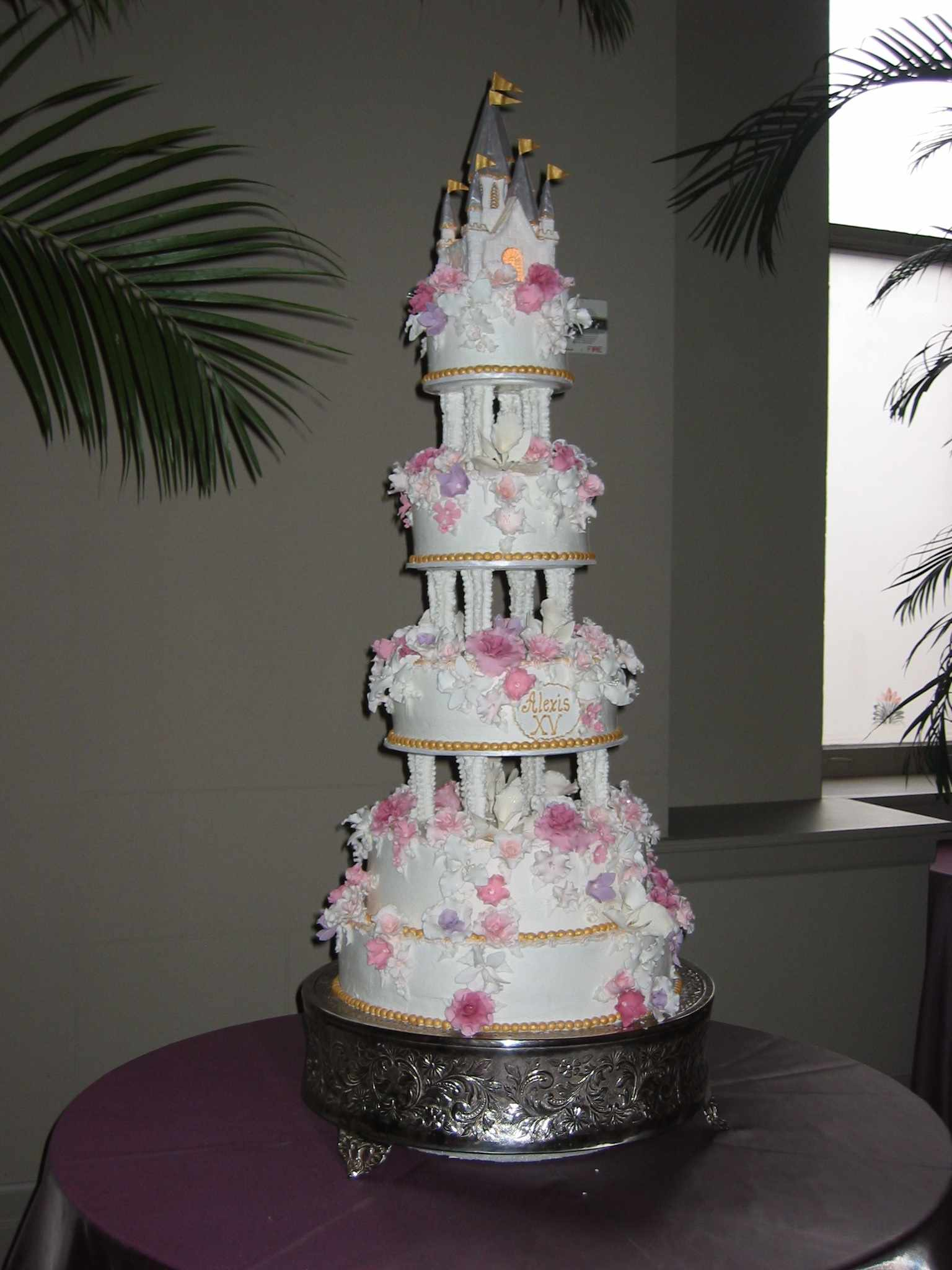 Who Made The Cake Wedding And Quinceanera Cakes In