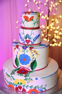 jb la hacienda reception hall cake
