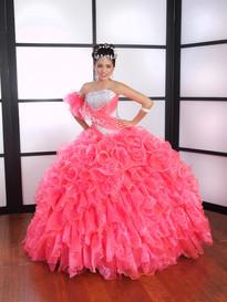 LA Glitter Quince Dresses
