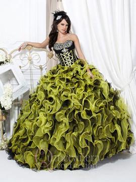 Lucrecias Quinceanera Dresses