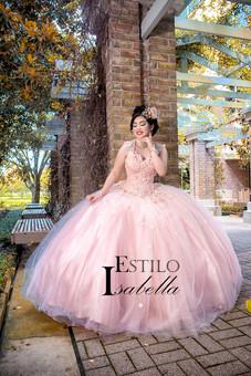 Estilo Isabela quinceanera dresses