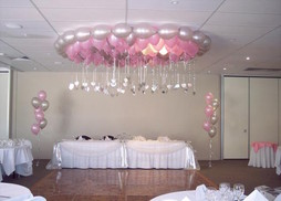 balloon chandelier decorations